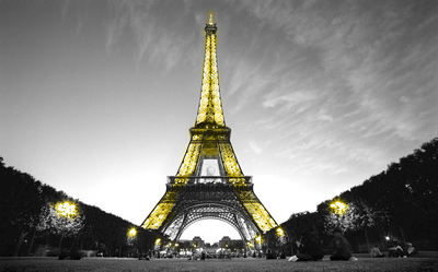 rsz_eiffel_tower_yellow2